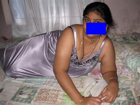 desi moti saree aunty xnxx page list com picture 23