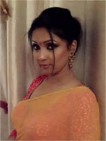 very hot south indian aunties picture 15