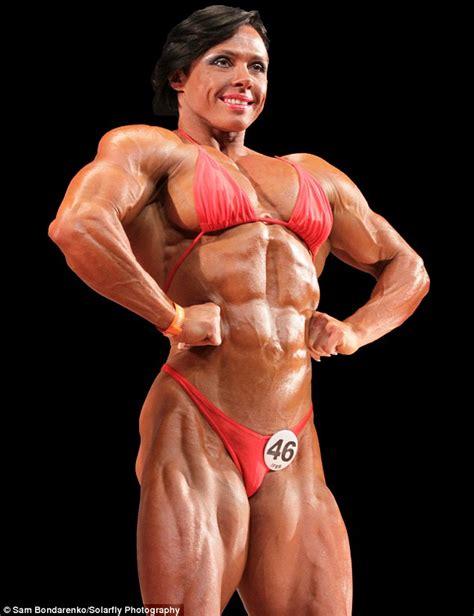 female bodybuilders picture 13