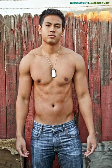 asian muscles guy picture 10
