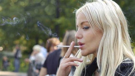 smoking fem dual picture 1
