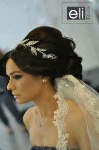bride hair styles with tiara picture 14