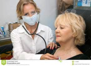 free pics female doctor male patient picture 15