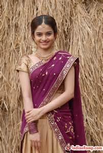 megacurvy indian women in saree picture 14