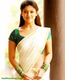 malayaly green sari sexy aunty pitcher picture 14