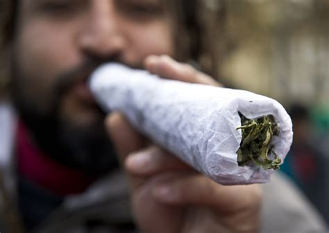 smoke 2 joints picture 10