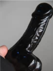 giant penis sculpture picture 1