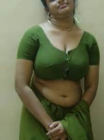 open air bath tamil aunty in fsiblog picture 1