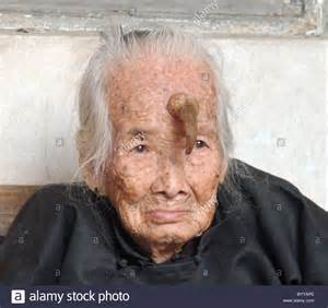 horny old woman in moghozi picture 7