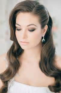 smooth sleek sexy glam prom hair picture 11