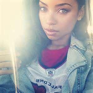 light skin girl bros picture 2
