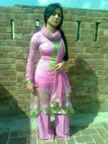 pakistani girls tight salwar body visible picture 14