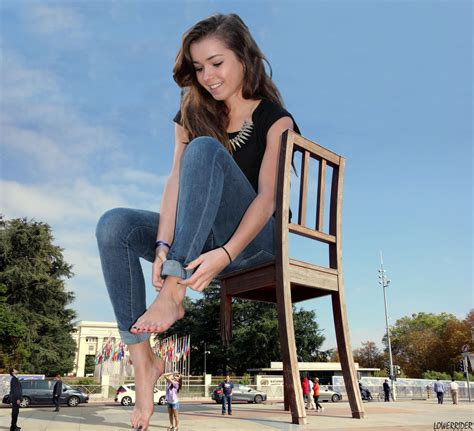 giantess picture 13