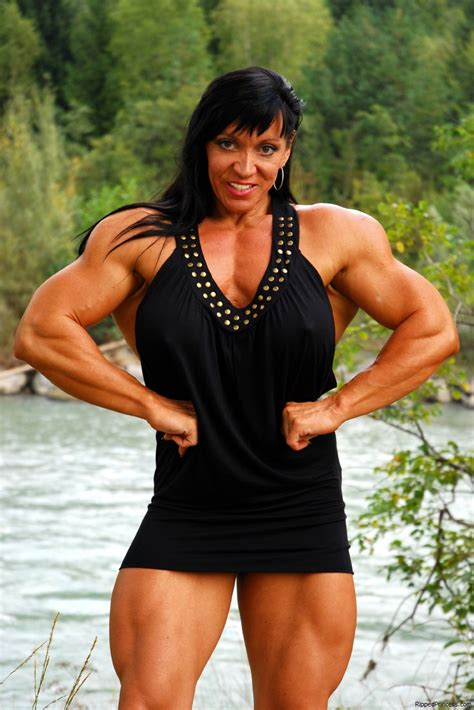 female muscle sessions picture 3