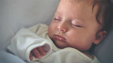 why dont babies sleep at night picture 9