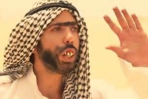 arab men on picture 1