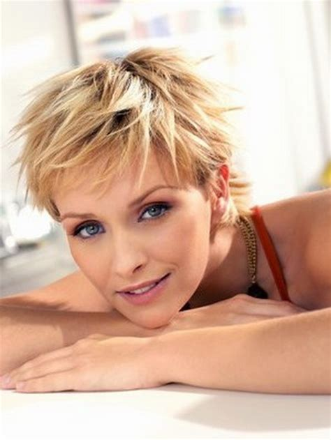 women's short hairstyles fine hair picture 10