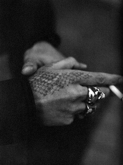 snake skin hands picture 1