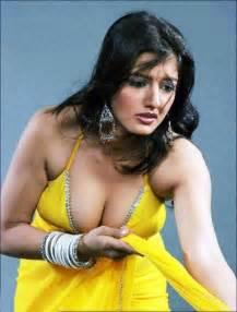 world full sexy milky breast doodh pilane wali picture 14