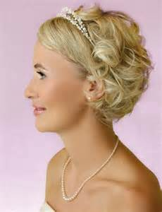 bride hair styles with tiara picture 11
