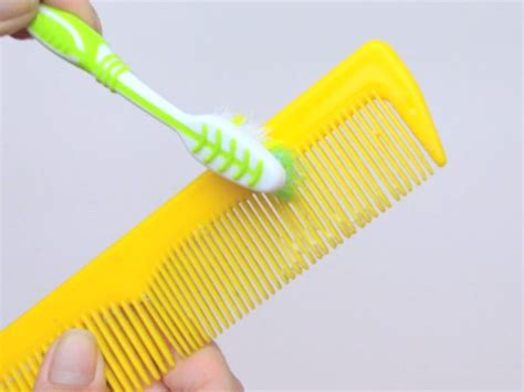 cleaning of hair brushes picture 15
