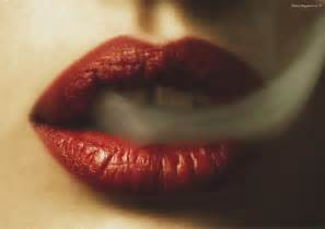 blood coming from lips picture 17