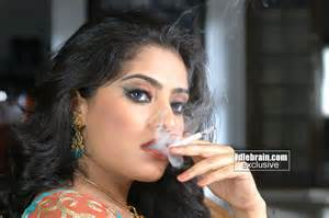 indian sexy smoking cigarette-izlesem picture 2
