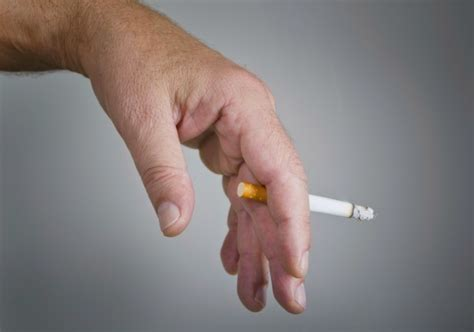 can nicotine cause yellowed skin picture 18