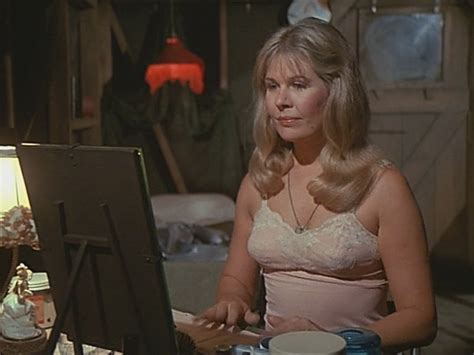 loretta swit hot lips how to contact picture 9