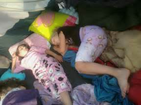 girls sleeping s picture 1