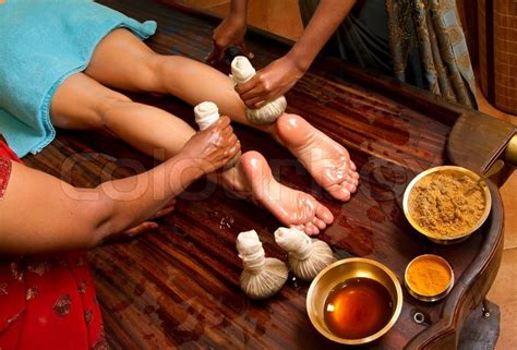 female indian herbal doctors picture 1