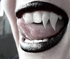 vampire lips picture 18