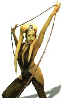 jabba green skin dancer picture 5