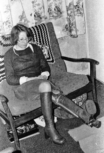 lady peg leg picture 5