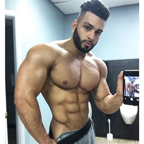 hairy arab muscle picture 2