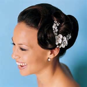 black hair wedding style picture 3