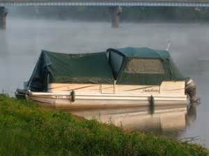 pontoon boats sleeping picture 9