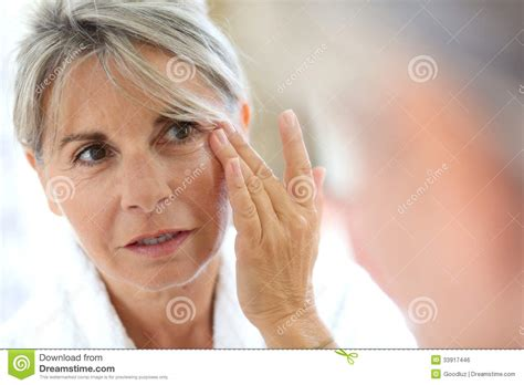 caring for your skin after a l picture 6