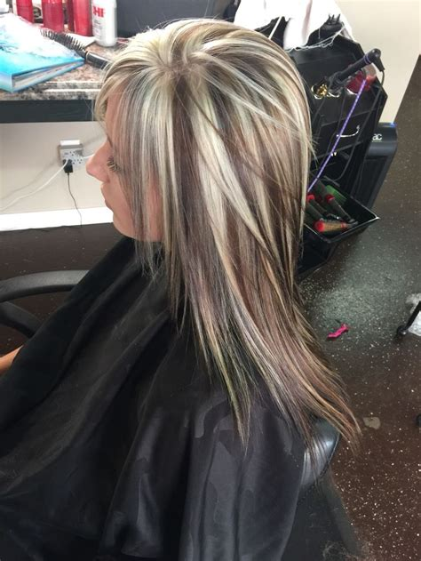 what does brown hair layered with blonde streaks look like picture 10