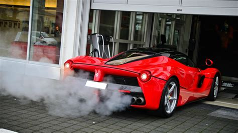 car exhaust smoke picture 6