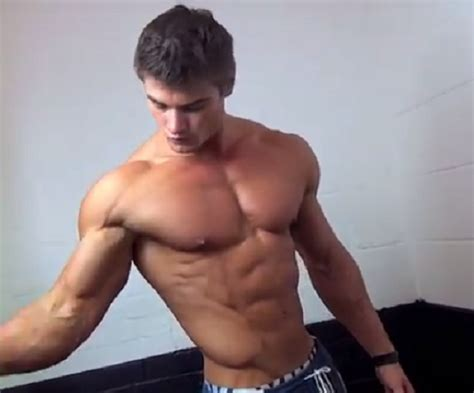 bulky muscle picture 7
