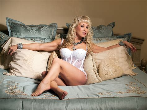 hot free milf tube picture 9
