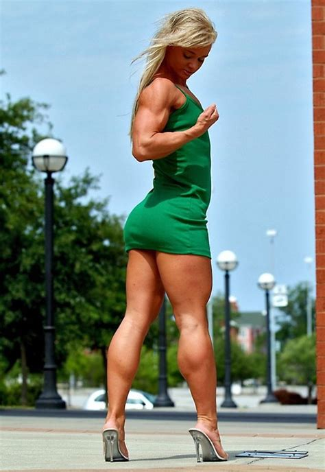 muscular women with hard legs picture 9