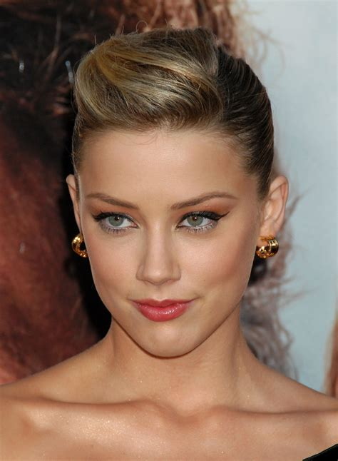 sleek and sexy prom hair styles picture 13