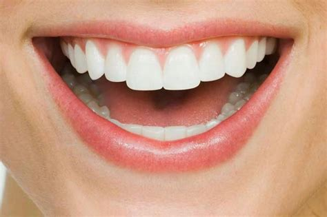 aight white healthy teeth picture 5