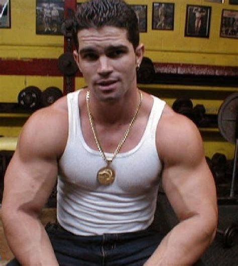 Muscle latino picture 6