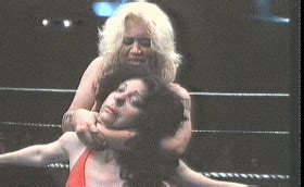 men using sleeper hold on women picture 1