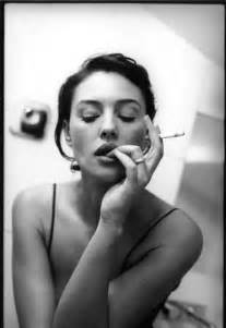 women who like to smoke y picture 10