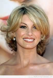 hair cuts women over 50 picture 5
