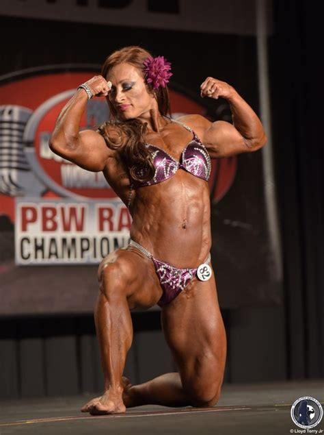 alicia alfaro body builder picture 2